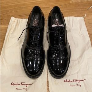 Men's ferragamo Paten Leather Shoes - Size 10